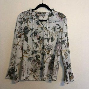 Dalia Blouse Floral Print with Bell Sleeves